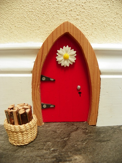 Fairy & Troll Houses for child and guest