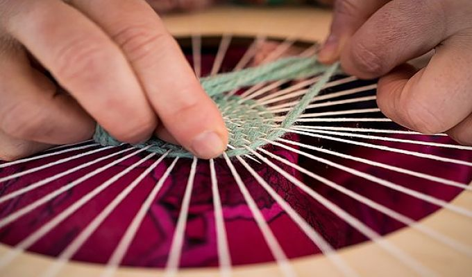 Weaving in the Round (Adult Class)