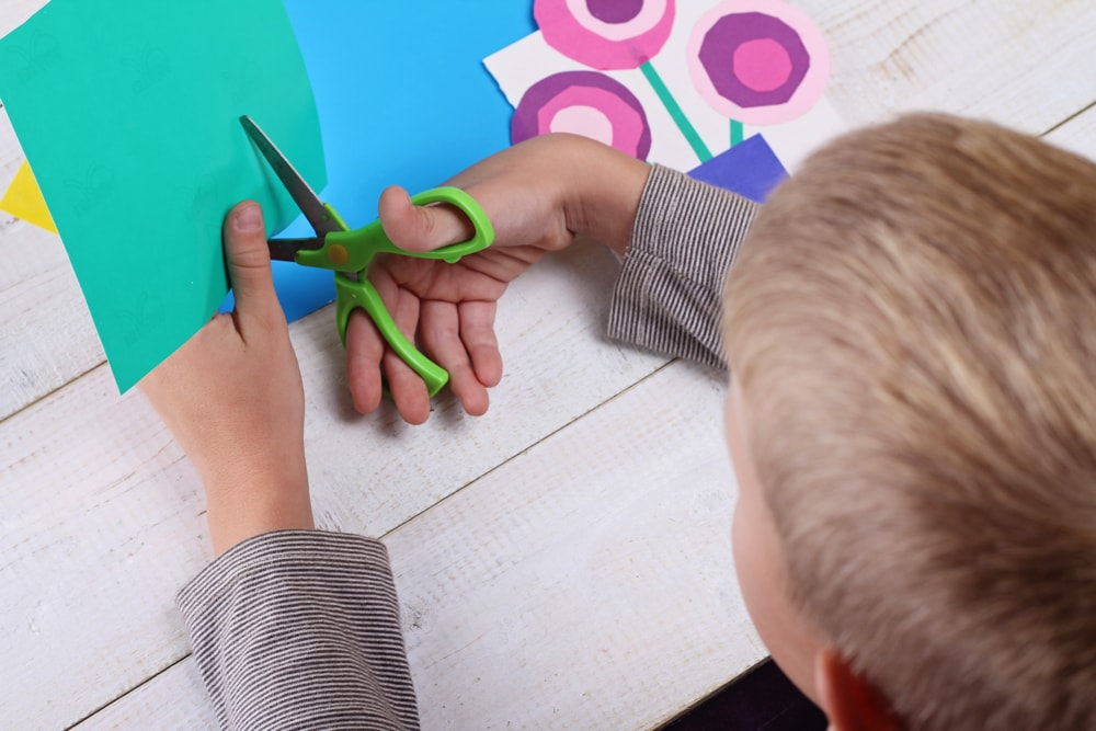 Art Cart – A weekly activity for families!